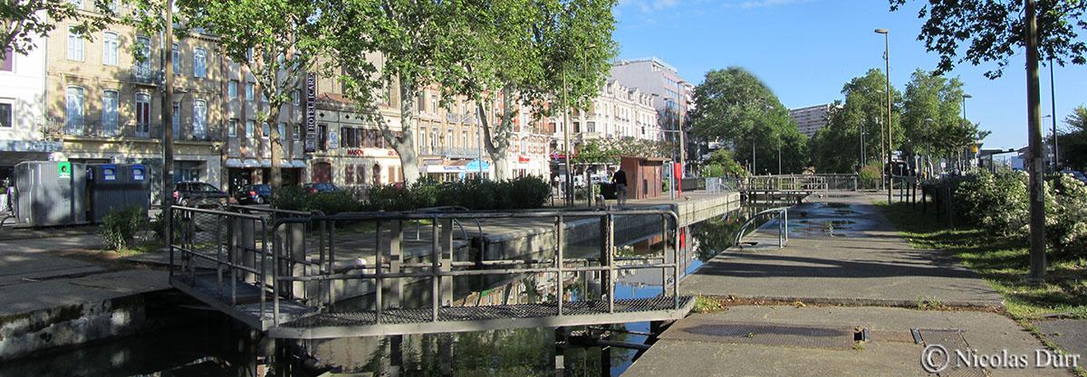 Le Bassin de l'Embouchure, le bas-relief et les écluses du Canal du Midi sur Toulouse en photos etaquarelles